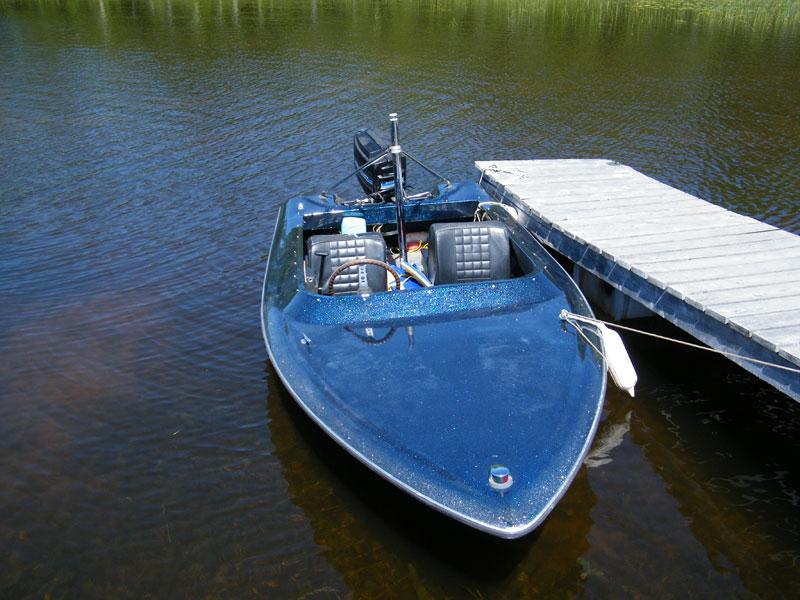 tubing-boat